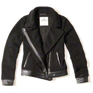 Hollister sherpa jacket 🖤 sz S